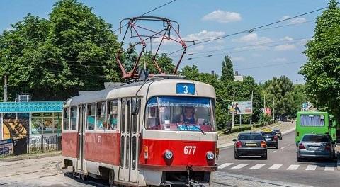 Завтра в Каменском временно приостановят работу трамвая № 3 Днепродзержинск