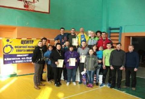 Спортсмены с особыми потребностями всей области приехали в Каменское для состязаний по настольному теннису Днепродзержинск