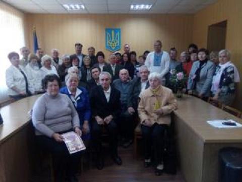 Каменских ветеранов поздравили с праздником Днепродзержинск