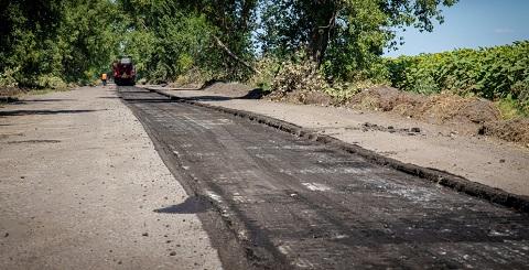 В Каменском районе ремонтируют ещё одну дорогу Днепродзержинск