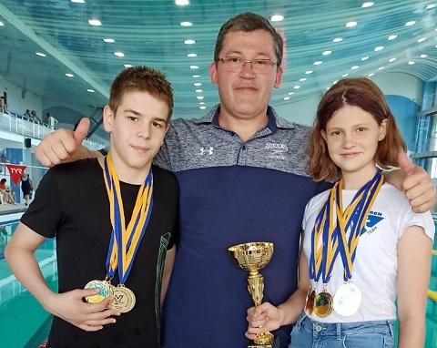 Чемпионат Украины принёс пловцам из Каменского много наград Днепродзержинск