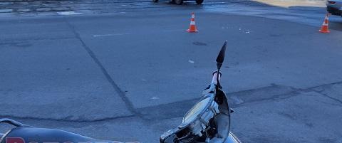 В Каменском водитель мопеда пострадал в результате ДТП Днепродзержинск