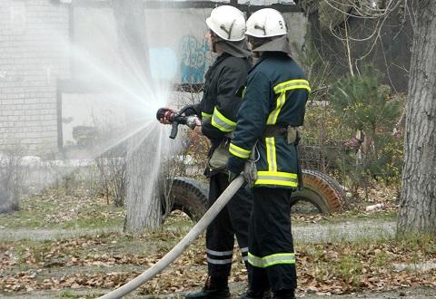 Медики амбулатории №2 г. Каменское и спасатели провели противопожарную тренировку Днепродзержинск