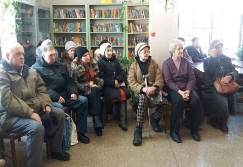 Для жителей Каменского провели праздник ученики ДМШ № 3 Днепродзержинск
