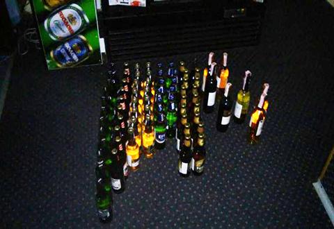 Полиция и общественность Каменского продолжают борьбу с незаконной торговлей алкоголем Днепродзержинск