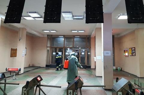 Спасатели г. Каменское провели санитарную обработку на промышленных предприятиях Днепродзержинск