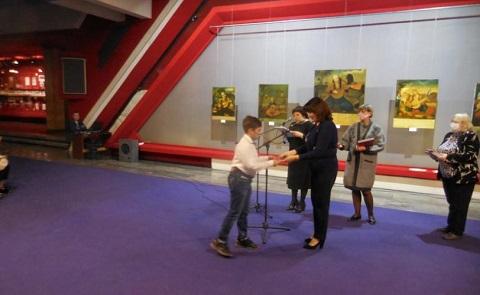 Юные художники г. Каменское получили награды конкурса «Козак Мамай та його пісня» Днепродзержинск