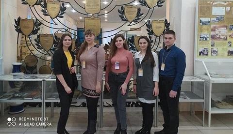 Каменские лицеисты успешно представили свои работы на национальном этапе конкурса в Киеве Днепродзержинск