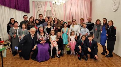 Встреча весны музыкальной семьей прошла в Каменском Днепродзержинск