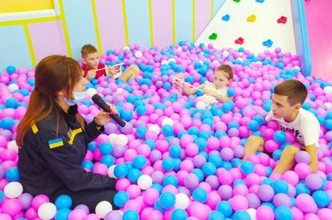 В Каменском для детей провели акцию «Безопасное настоящее» Днепродзержинск