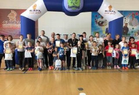 Каменская семья вошла в число призеров на областных соревнованиях Днепродзержинск