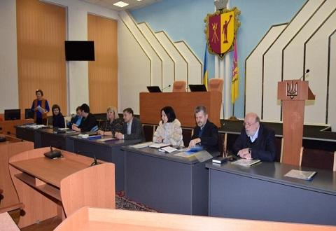 Должностные лица Каменского проходят аттестацию Днепродзержинск