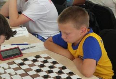 В Каменском провели новогодние шашечные турниры Днепродзержинск