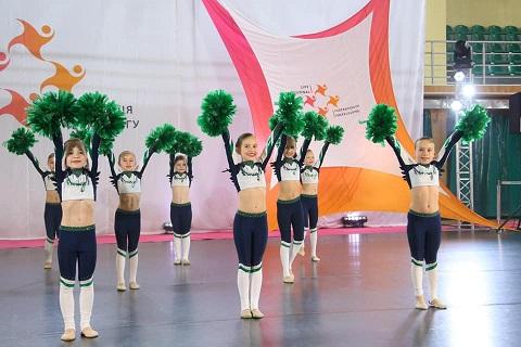 Каменские черлидеры успешно выступили на чемпионате страны во Львове Днепродзержинск