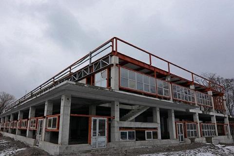 В Каменском достроят спортивный объект в Южном районе Днепродзержинск