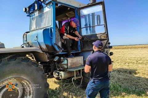 В Каменском районе спасатели провели объезд полей с ранними зерновыми культурами Днепродзержинск