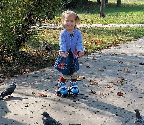 Юные фигуристки г. Каменское стали призерами конкурса «Звезда спорта»  Днепродзержинск