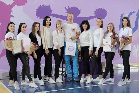 В Каменском прошел Кубок города по чирлидингу  Днепродзержинск