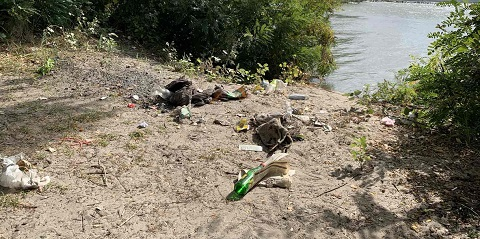 Каменчане стали участниками экоакции по очистке берегов водоемов Днепродзержинск