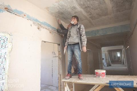 Градоначальник г. Каменское  побывал в горбольнице №7 Днепродзержинск