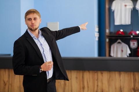 Губернатор области посетил СК «Прометей» города Каменское Днепродзержинск
