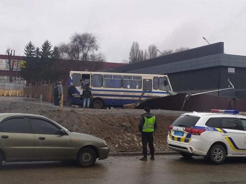 Водитель автобуса «Эталон» в г. Каменское предотвратил трагедию Днепродзержинск