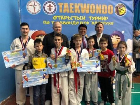 Каменские тхеквондисты стали призерами открытого Кубка Днепра Днепродзержинск