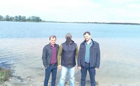 Под городом Каменское провели зарыбление Елизаветовского котлована Днепродзержинск