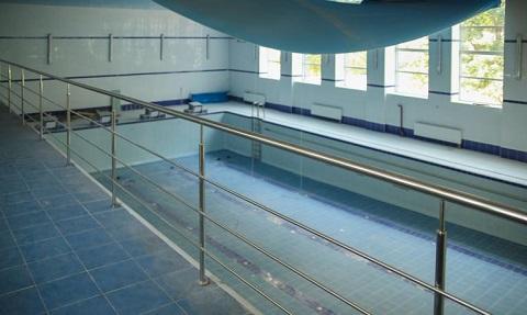 В лицее № 15 г. Каменское завершается реконструкция бассейна Днепродзержинск