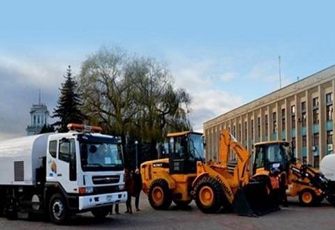 Каменчане ведут подготовку дорожно-мостового хозяйства к работе в зимний период Днепродзержинск