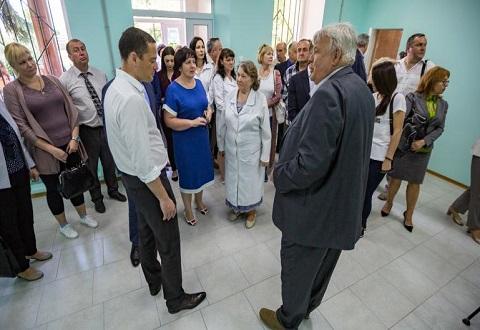 Торжественно в г. Каменское открыли амбулаторию после проведенной реконструкции Днепродзержинск