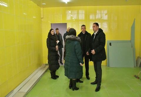 Градоначальник Каменского провел рабочее совещание в лицее № 15 Днепродзержинск