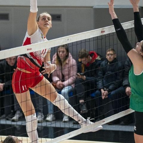Каменские волейболистки завершают выступления 2019 года первым поражением Днепродзержинск