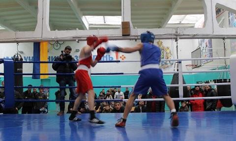 В Каменском провели городской чемпионат по боксу Днепродзержинск