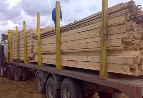 За незаконную перевозку древесины в Каменском был задержан водитель грузовика Днепродзержинск