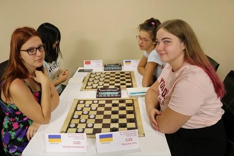 На чемпионате мира по шашкам молодежь г. Каменское завоевала 12 медалей Днепродзержинск