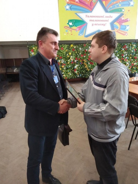 Студент Каменского ВПУ занял 2 место на областном конкурсе электромонтеров Днепродзержинск