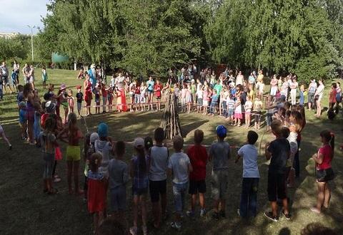 В Каменском праздновали День Нептуна Днепродзержинск