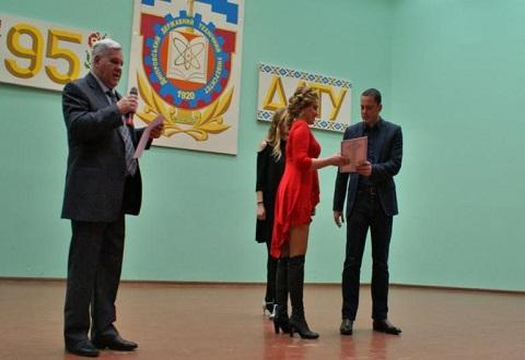 Градоначальник Каменского провел вручение дипломов в ДГТУ Днепродзержинск