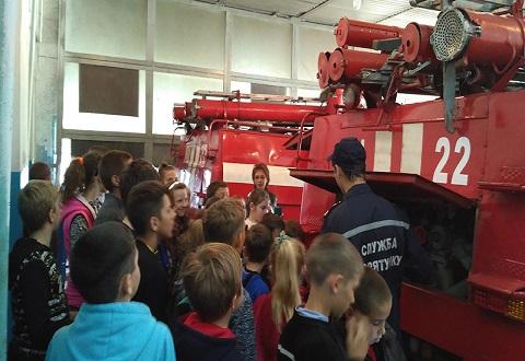 Экскурсантами в ГПСЧ № 22 г. Каменское стали ученики школы Днепродзержинск
