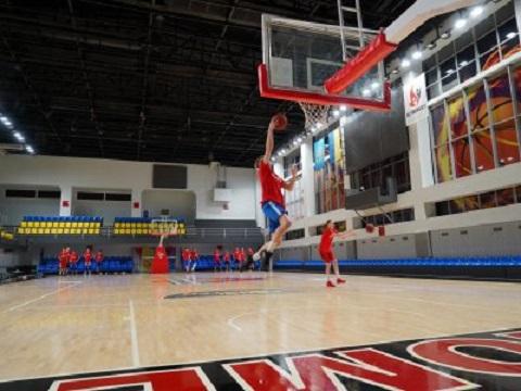 Каменской баскетбол будут представлять мужская и женская команды  Днепродзержинск