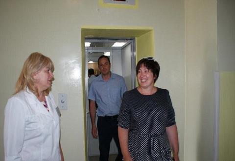 В медицинских учреждениях г. Каменское отремонтировали лифты Днепродзержинск