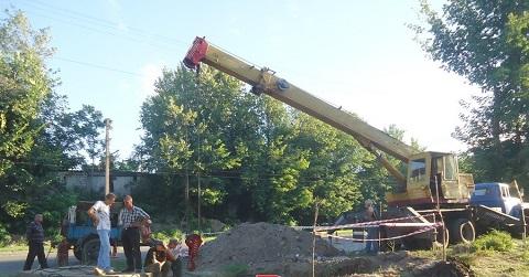 Сотрудники КП «Горводоканал» г. Каменское провели работы на трубопроводе Днепродзержинск