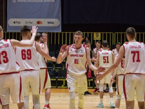 Каменчане стали лучшей командой Молодёжной лиги Днепродзержинск