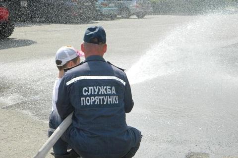 Урок безопасной жизнедеятельности провели сотрудники ГПСЧ № 7 г. Каменское Днепродзержинск