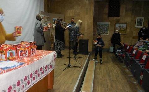 В Каменском наградили победителей творческого конкурса «Зима-волшебница»  Днепродзержинск