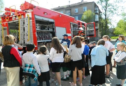 Ученики УВК «ОР-АВНЕР» г. Каменское побывали на экскурсии Днепродзержинск