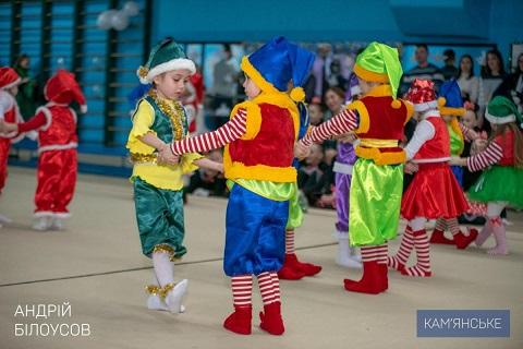 В ДЮСШ № 4 г. Каменское весело прошел новогодний праздник Днепродзержинск