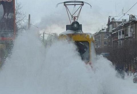В Каменском идет борьба с последствиями циклона Днепродзержинск