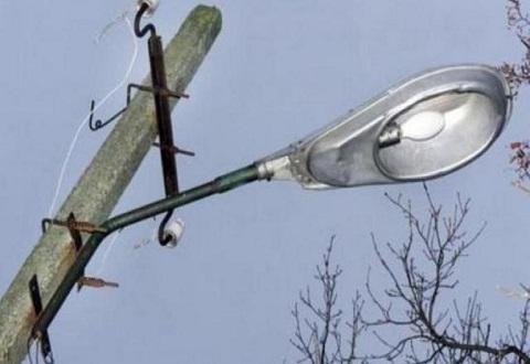 «Горсвет» в г. Каменское продолжает работы по восстановлению освещения на улицах Днепродзержинск